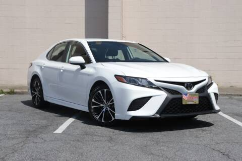 2020 Toyota Camry for sale at El Compadre Trucks in Doraville GA