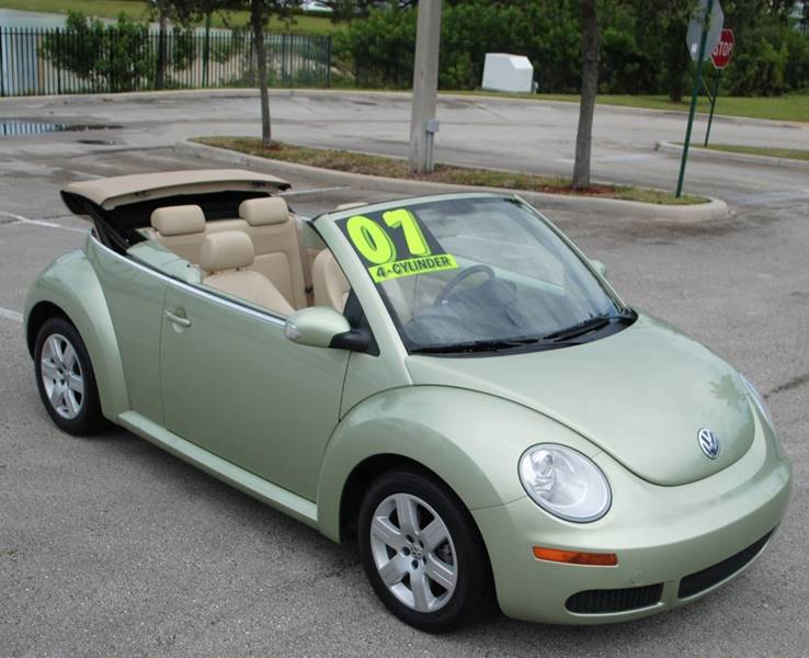 2007 Volkswagen New Beetle 2.5 2dr Convertible (2.5L I5 6A) - Hollywood FL