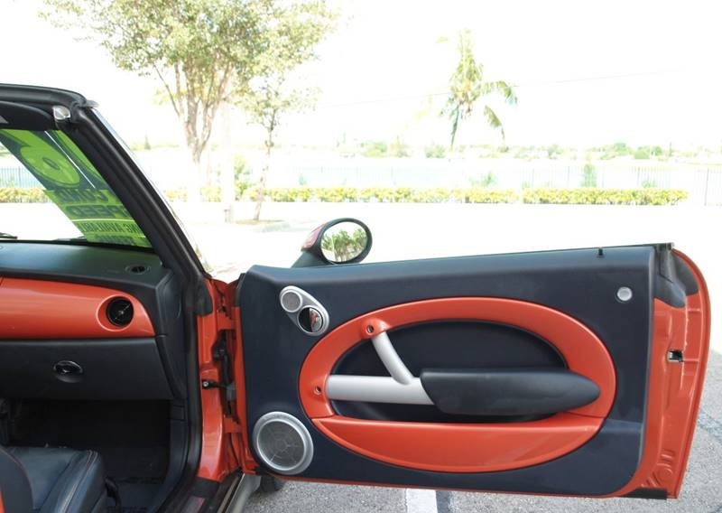 2006 MINI Cooper S 2dr Convertible - Hollywood FL