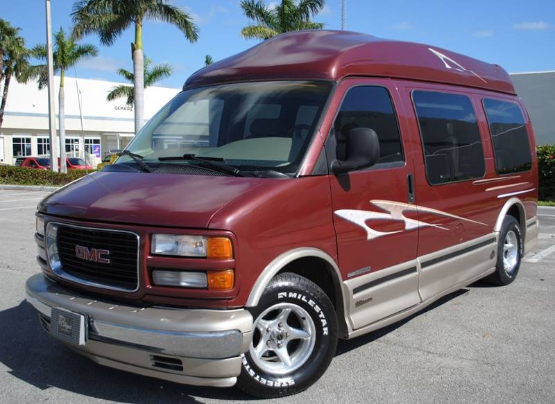 1999 Gmc Savana Passenger Conversion Van In Hollywood FL