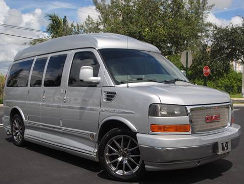 2011 GMC Savana Cargo for sale in West Park, FL