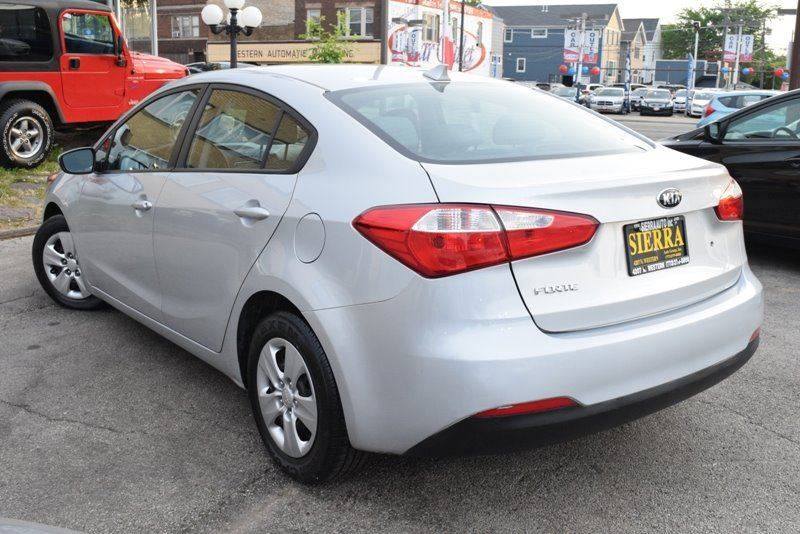 2015 Kia Forte LX 4dr Sedan 6A - Chicago IL
