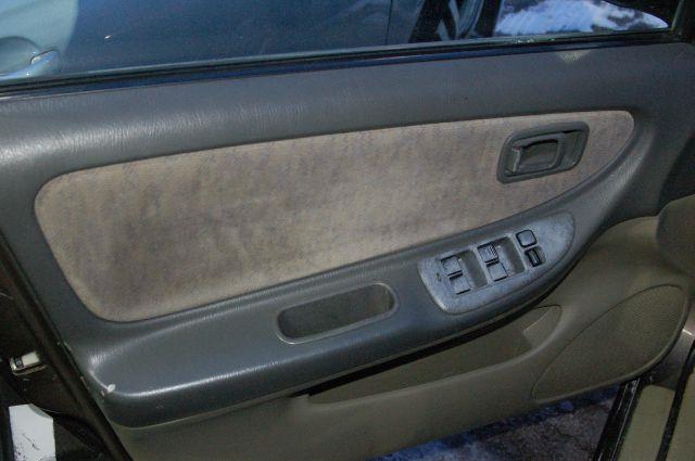 1999 Nissan Altima XE 4dr Sedan - Chicago IL