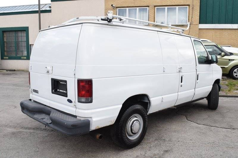 2006 Ford E-Series Cargo E-350 SD 3dr Van - Chicago IL