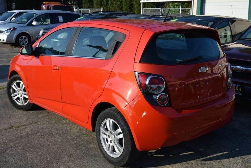2012 Chevrolet Sonic LT 4dr Hatchback w/2LT - Chicago IL