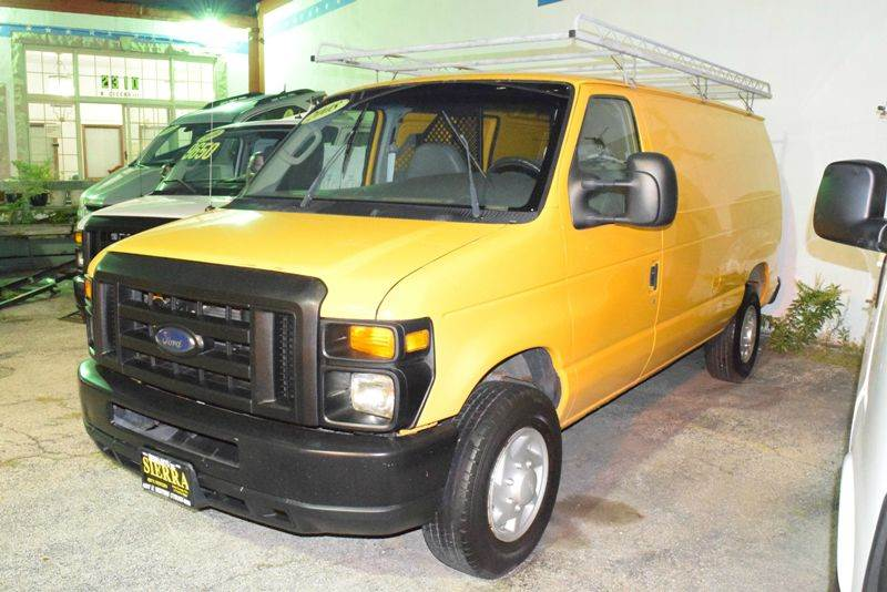 2008 Ford E-Series Cargo E-350 SD 3dr Cargo Van - Chicago IL