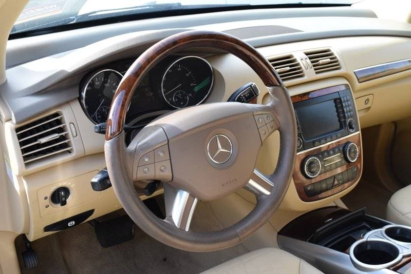 2006 Mercedes-Benz R-Class R 500 AWD 4MATIC 4dWagon - Chicago IL