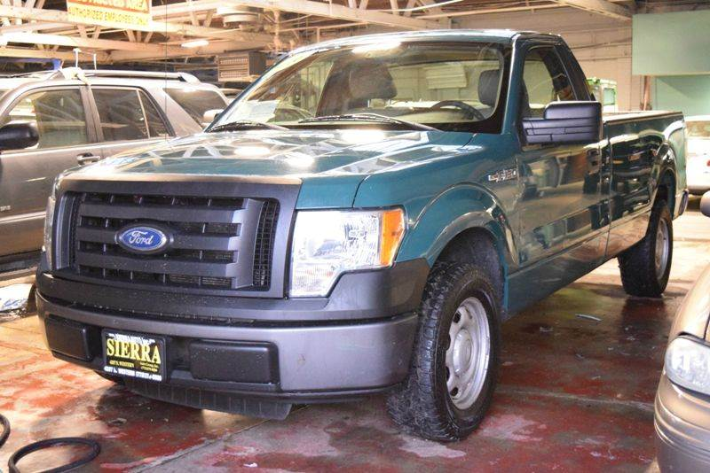 2010 Ford F-150 4x2 XL 2dr Regular Cab Styleside 6.5 ft. SB - Chicago IL