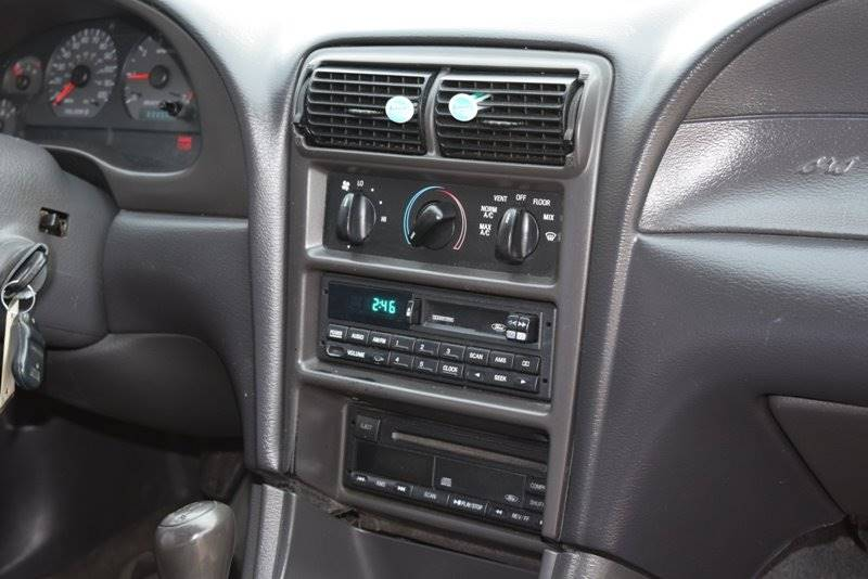2000 Ford Mustang 2dr Coupe - Chicago IL