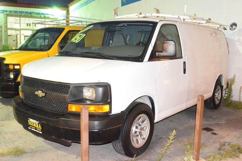 2009 Chevrolet Express Cargo 1500 3dr Cargo Van - Chicago IL