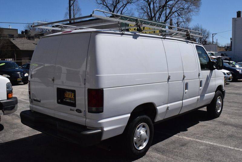 2009 Ford E-Series Cargo E-350 SD 3dr Cargo Van - Chicago IL
