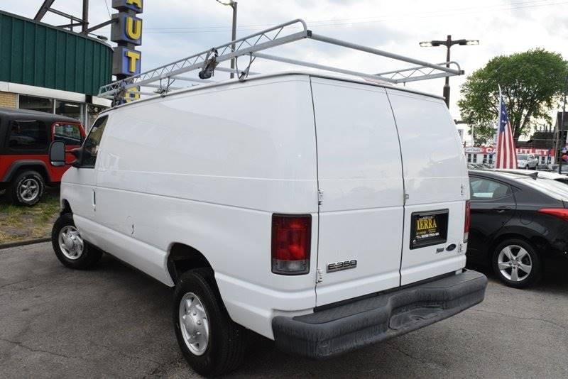 2009 Ford E-Series Cargo E-350 SD 3dr Cargo Van - Chicago IL