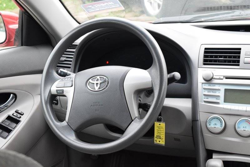 2009 Toyota Camry 4dr Sedan 5M - Chicago IL