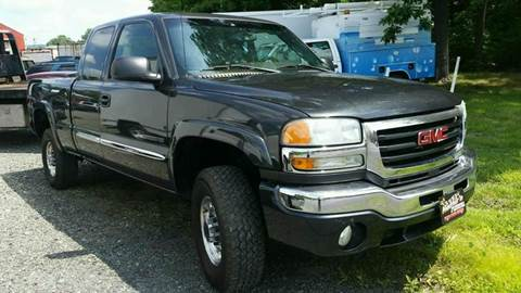 2004 GMC Sierra 2500HD for sale at Nesters Autoworks in Bally PA