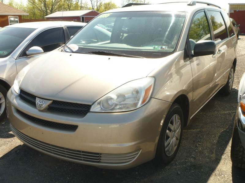 2005 Toyota Sienna for sale at Nesters Autoworks in Bally PA