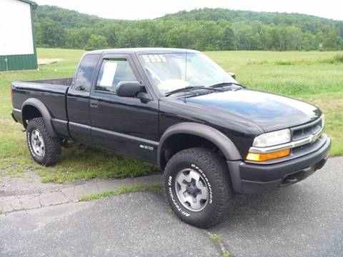 1999 Chevrolet S-10 for sale at Nesters Autoworks in Bally PA