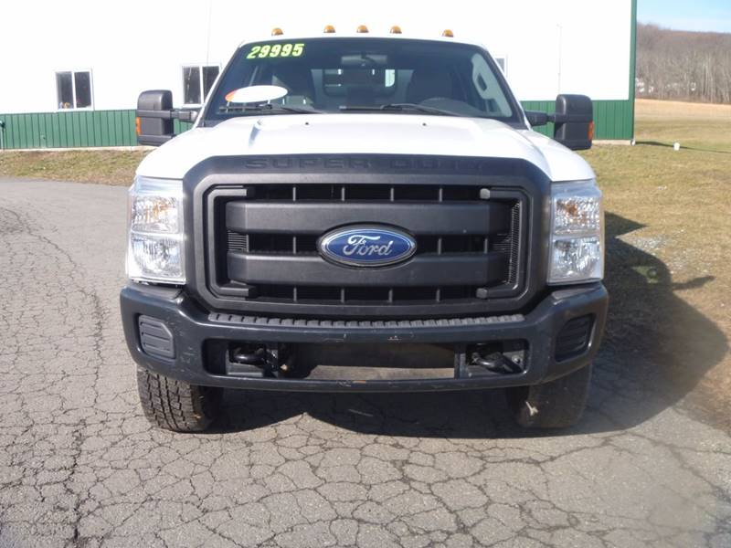 2011 Ford F-350 Super Duty 4x4 XL 4dr Crew Cab 176 in. WB SRW Chassis - Bally PA