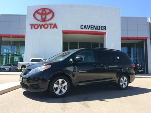 2016 Toyota Sienna for sale in San Antonio, TX