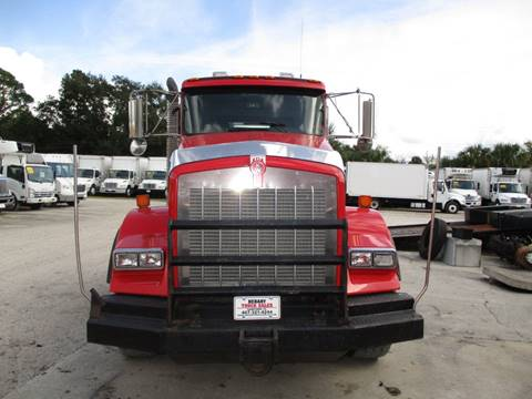 2012 Kenworth T800 HEAVY HAULER DAYCAB for sale in Sanford, FL