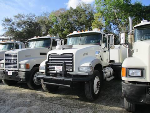 2007 Mack CHN613 for sale in Sanford, FL