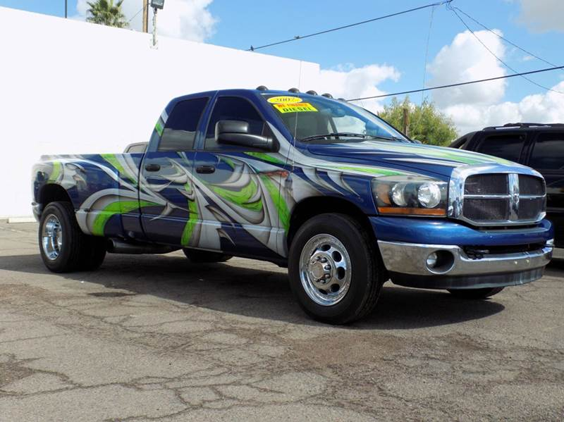 2007 DODGE RAM PICKUP 3500 SLT 4X2 4DR QUAD CAB LB blue theres no way you wont be noticed in th