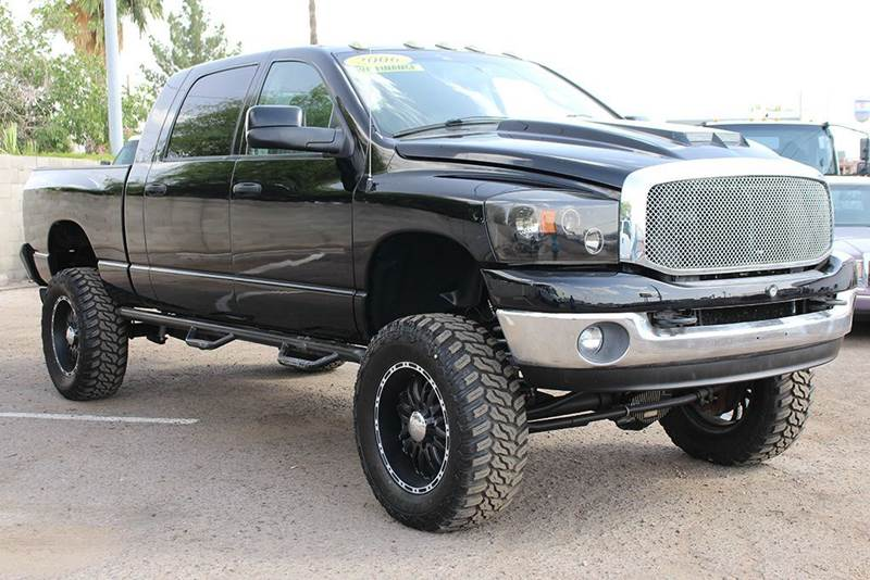2006 DODGE RAM PICKUP 2500 LARAMIE 4DR MEGA CAB 4WD SB black wow check this truck out 2006 dodg