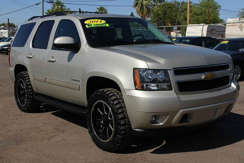 2014 CHEVROLET TAHOE LT 4X4 4DR SUV gold come down to discount auto sales for this rugged 2014 ch