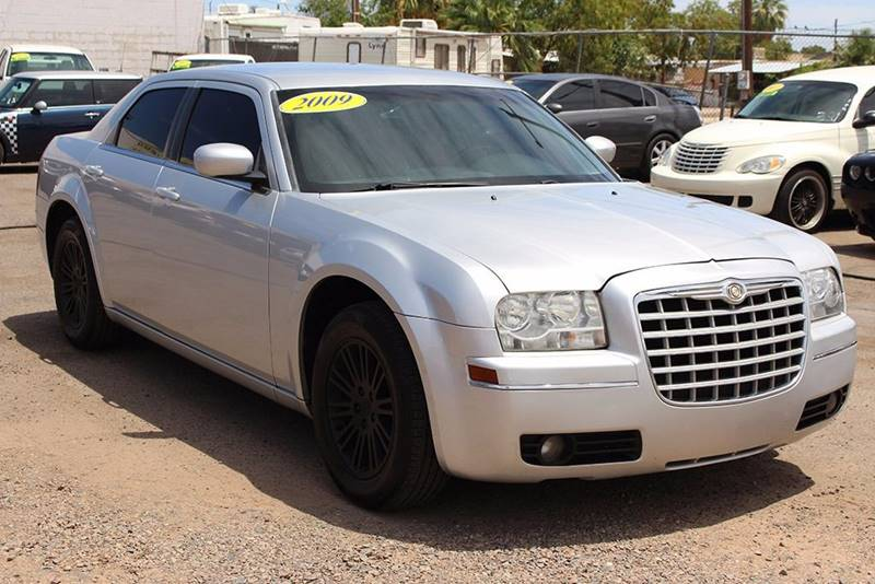 2009 CHRYSLER 300 TOURING 4DR SEDAN silver body side moldings - body-color door handle color - b