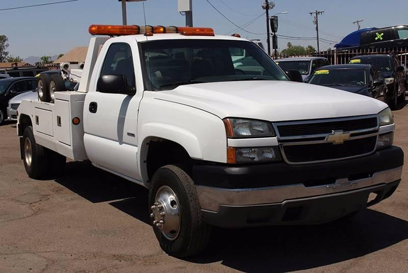 2007 CHEVROLET SILVERADO 3500 CLASSIC TOW TRUCK white 68543 miles VIN 1GBJK34D37E155219
