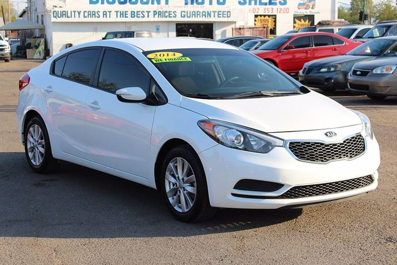 2014 KIA FORTE LX 4DR SEDAN 6A white door handle color - body-color front bumper color - body-co