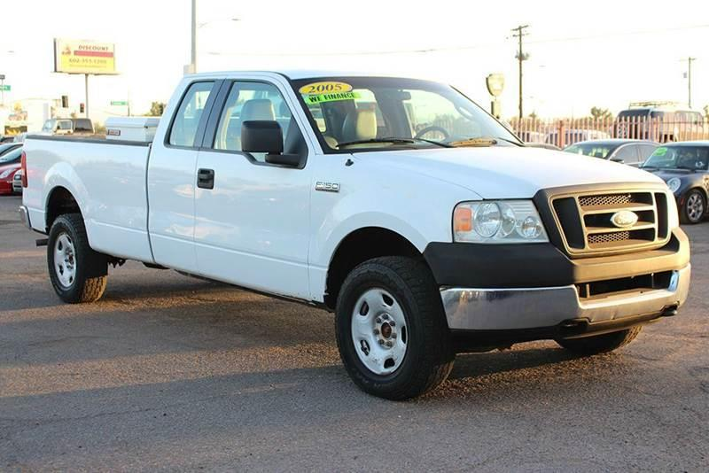 2005 FORD F-150 XL 4DR SUPERCAB 4WD STYLESIDE 8 white financing available all prices are subject