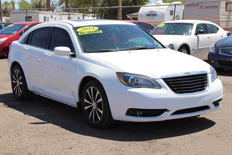 2014 CHRYSLER 200 LIMITED 4DR SEDAN white stop by discount auto sales and check out this beautifu