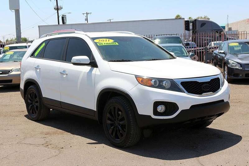 2011 KIA SORENTO EX 4DR SUV V6 white financing available all prices are subject to tax title