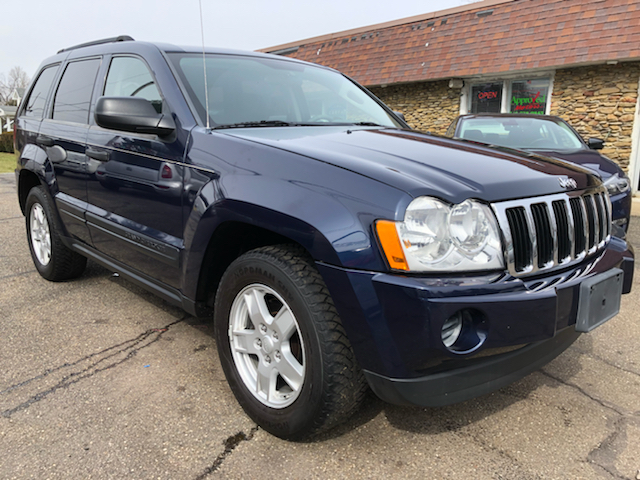 2006 Jeep Grand Cherokee for sale at Approved Motors in Dillonvale OH