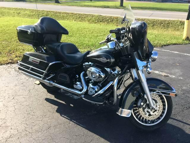 2012 Harley-Davidson FLHTC