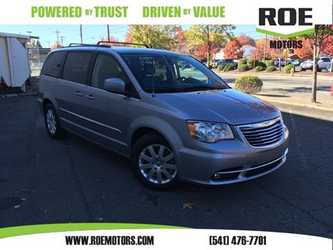 2013 Chrysler Town and Country for sale in Grants Pass, OR