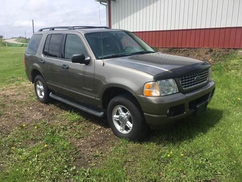 2004 Ford Explorer for sale at Dream Machines in Cedar Falls IA