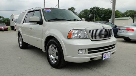 2005 Lincoln Navigator for sale at I-80 Auto Sales in Hazel Crest IL