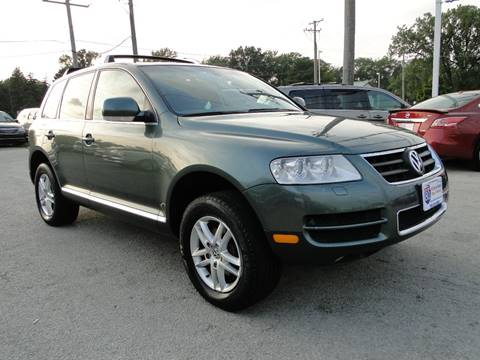 2004 Volkswagen Touareg for sale at I-80 Auto Sales in Hazel Crest IL