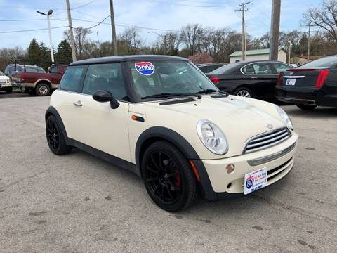 2006 MINI Cooper for sale at I-80 Auto Sales in Hazel Crest IL