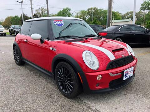 2005 MINI Cooper for sale at I-80 Auto Sales in Hazel Crest IL