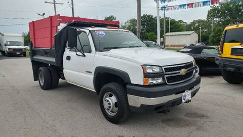 2006 Chevrolet Silverado 3500 for sale at I-80 Auto Sales in Hazel Crest IL