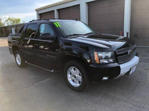 2011 Chevrolet Avalanche for sale at I-80 Auto Sales in Hazel Crest IL