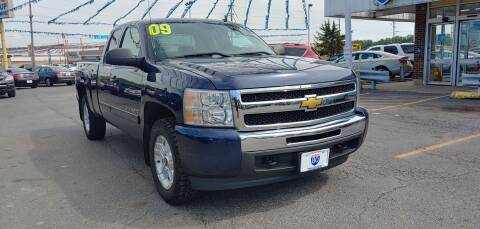 2009 Chevrolet Silverado 1500 for sale at I-80 Auto Sales in Hazel Crest IL