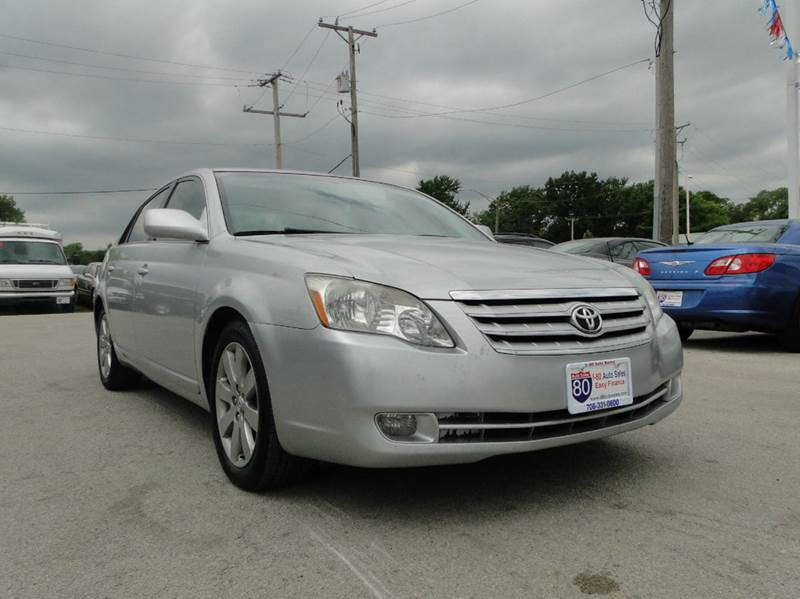2005 Toyota Avalon for sale at I-80 Auto Sales in Hazel Crest IL