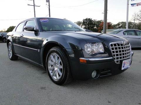 2007 Chrysler 300 for sale at I-80 Auto Sales in Hazel Crest IL