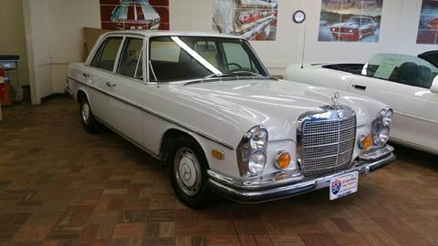 1972 Mercedes-Benz 280-Class for sale at I-80 Auto Sales in Hazel Crest IL