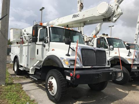 2003 International 7300 for sale in Hollywood, FL