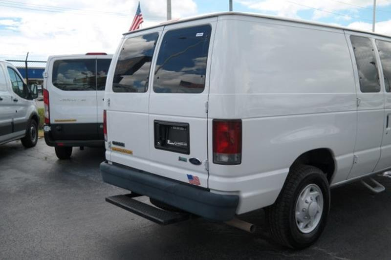 2009 Ford E-Series Cargo for sale at Jumbo Auto & Truck Plaza in Hollywood FL