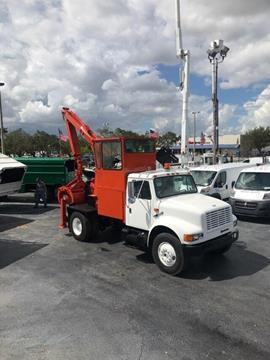 2001 International 4700 for sale in Hollywood, FL